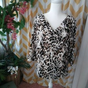 Chicos Easywear Size 1 Animal Print Scoop Neck top